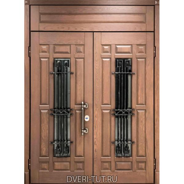 Парадная дверь Ямал-Массив дуба с фрамугой, окном и ковкой дуб золотистый для коттеджей
