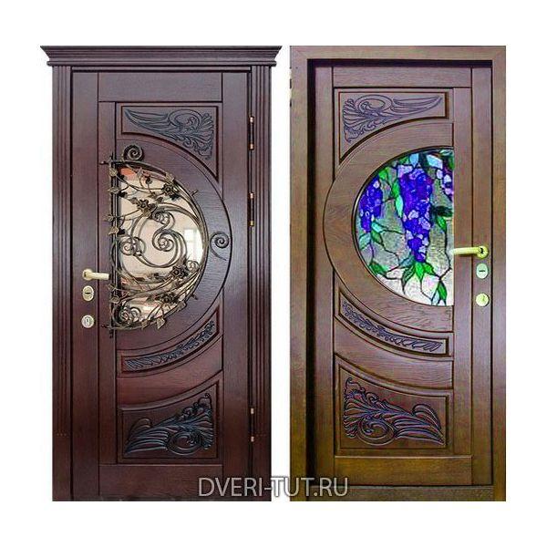 """Входная металлическая дверь """"Луна"""" красное дерево-орех с окном и ковкой."""